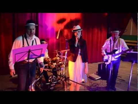 Zespół Muzyczny KORMORAN Z Mielca - Siedem Czerwonych Róż