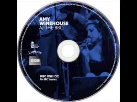 Amy Winehouse - Best Friends, Right?  (Leicester Summer Sundae 2004) (HQ)