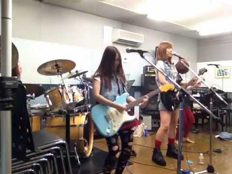 夢女 avril lavigne I CAN DO BETTER cover - YouTube