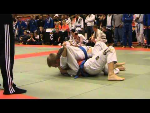 Thomas First Fight Adult Blue Belt -76.0 Kg Swedish Open Bjj 2010 video