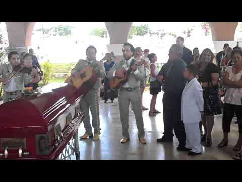 Funeral con mariachis