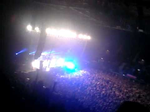 Machine Head Beautiful Mourning Live | Wembley Arena Dec. 3rd 2011