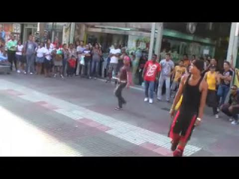 Baile sorpresa en El Conde, Santo Domingo