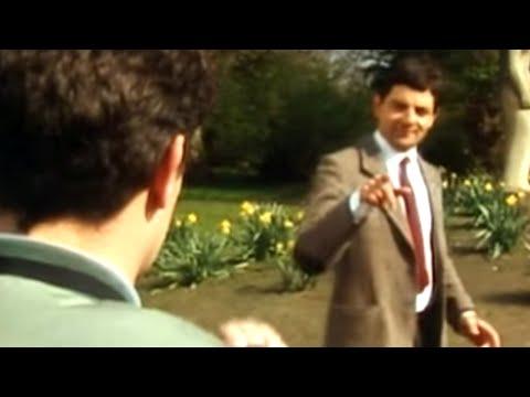 Mr Bean - Camera Thief