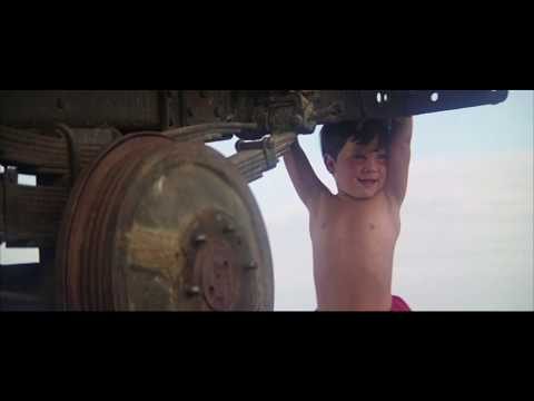 Baby Superman Talks in Superman-The Movie thumbnail