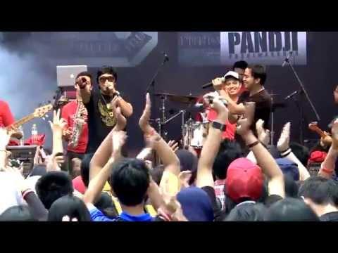 Konser 32 - Catatan si Boy feat.Ikang Fawzi
