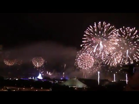New Year's Eve 2016 Fireworks Show at Walt Disney World from Disney's Bay Lake Tower