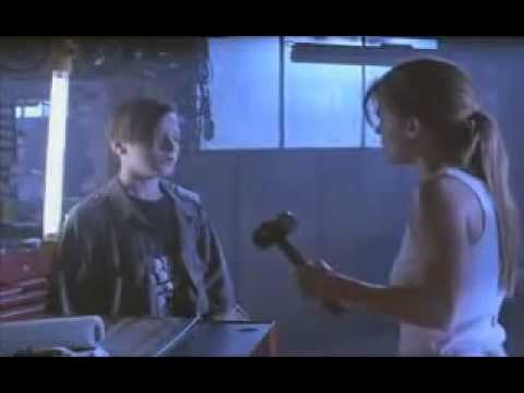 Terminator 2 - James Cameron's explanations of chip removal deleted scene