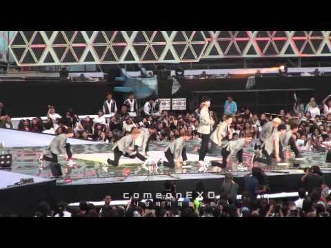 [cam] 140815 Sm Town Live Concert Exo - 으르렁(growl) video