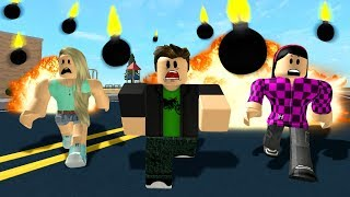 DODGE THE GIANT BOMBS! (Roblox)