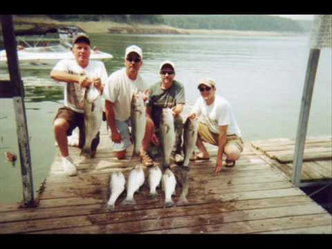 Striper Fishing Lake Cumberland Kentucky - Fishing for Stripers on Lake Cumberland