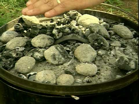 Dutch Oven Cooking 1: Intro - Texas Parks and Wildlife [Official]