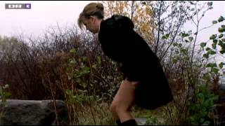 Clip from Ørnen ep 21 - woman caught with panties down... :D