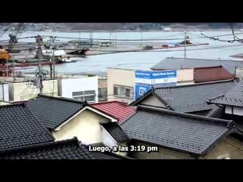 Japan's Tsunami Caught On Camera 1/4; Subtítulos