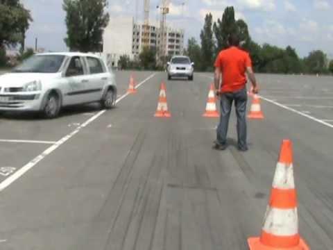 Уроки вождения на площадке (асфальт) Школы вождения Штурман