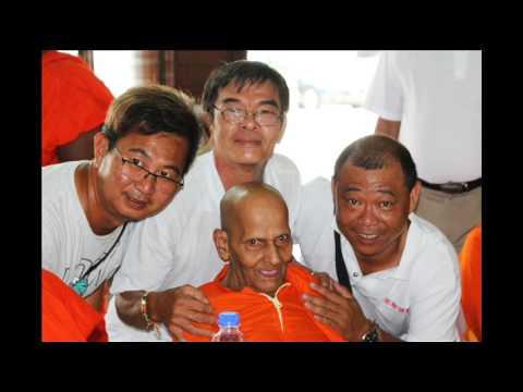 srilanka buddha Malaysia/ JOHOR 10 11 2015 ( wmv)