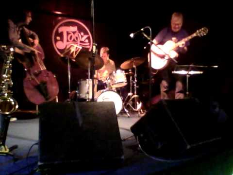 Blues in the closet- Vasilis Xenopoulos with Jim Mullen
