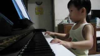 Bizet - Habanera (Carmen) played by Ethan Poh (4-year-old)