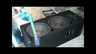How to Clean a PA Speaker (JBL JRX125)
