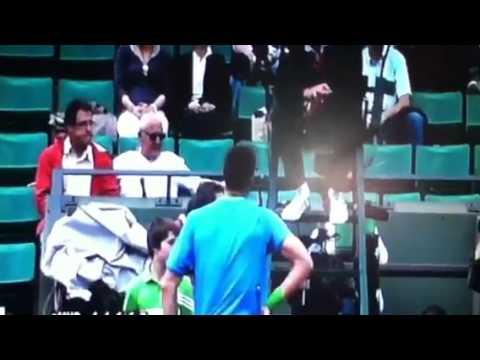 31st 全仏オープン テニス boy runs on court