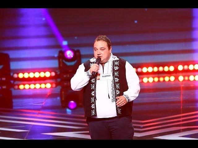 Dean Martin - That's Amore. Vezi aici cum cântă Adrian Sălăgean, la X Factor!