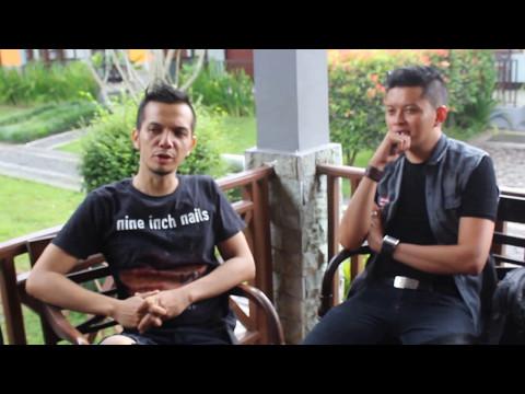 wawancara dengan band kapten