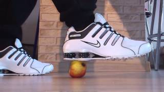 Nike SHOX NZ EU vs Apfel - Apple