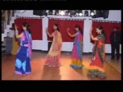 Wedding Bollywood Dance - Maye Ni Maye, Kajra Re, Mera Piya Ghar Aaya video