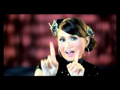 Download Lagu Naya Revina - Janda Tujuh Kali MP3 Free