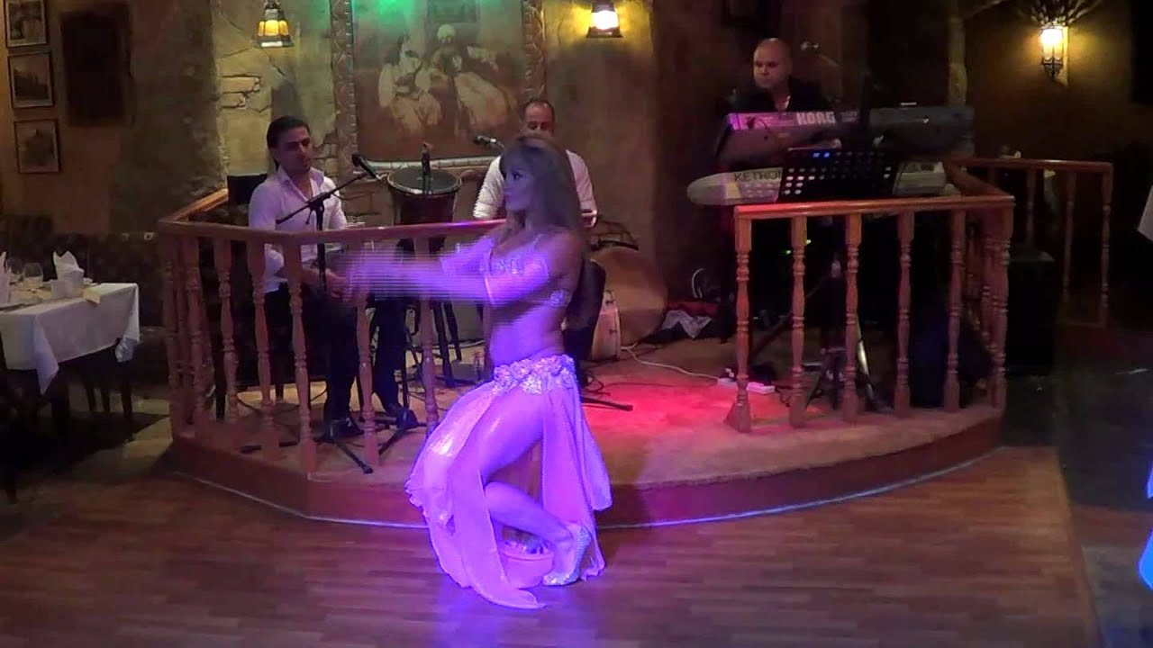 Belly Dancers in Dubai Belly Dancer Adriana in a