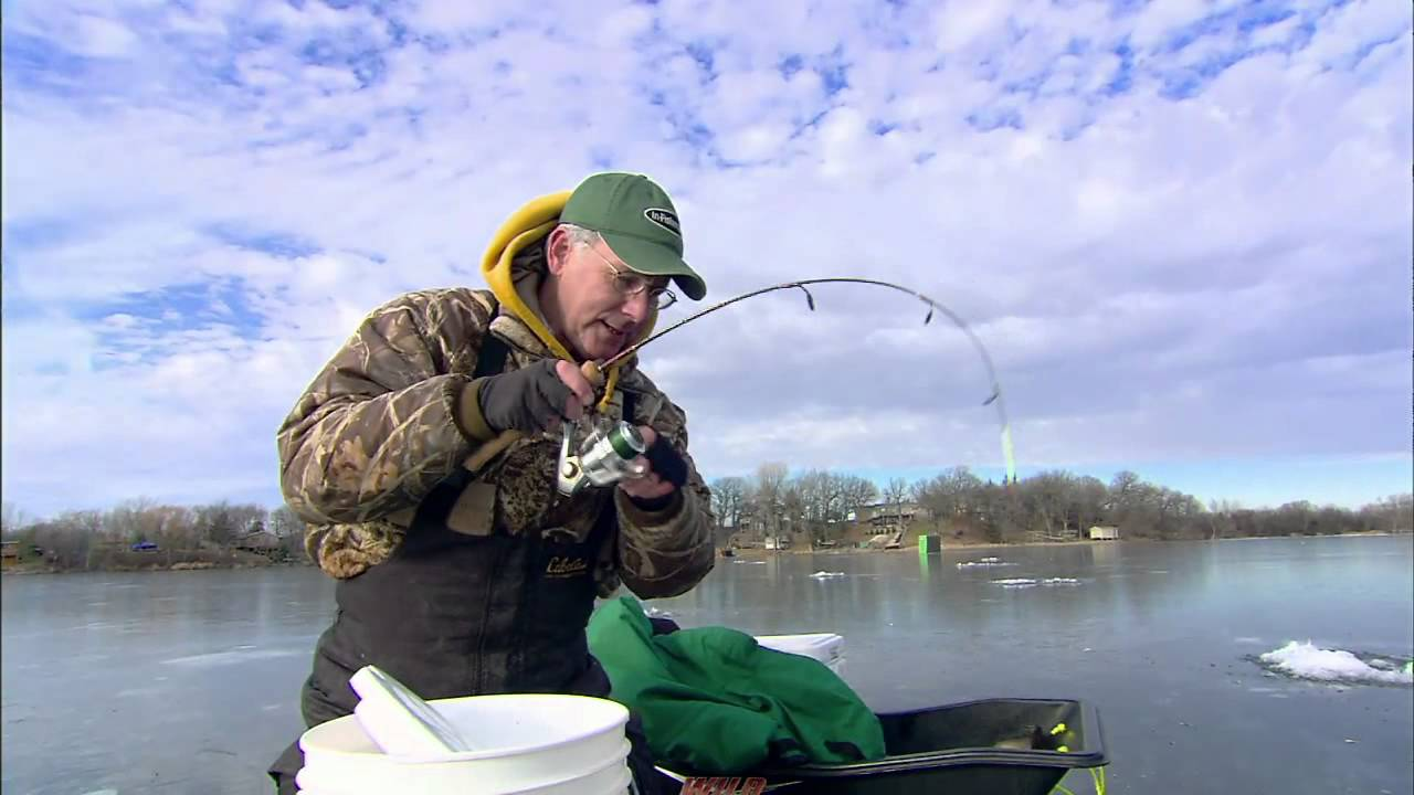 Ice fishing deadstick catfish action youtube for Ice fishing for catfish