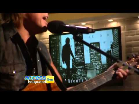 Access Hollywood- 25/09/2012- Richie Sambora Performs New Single - Every Road Leads Home To You