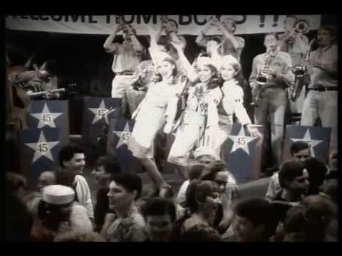 Stars on 45 Proudly Presents The Star Sisters (Video)