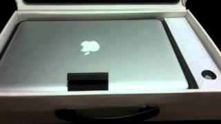 MacBook Pro (2010) 13 Review_ Unboxing