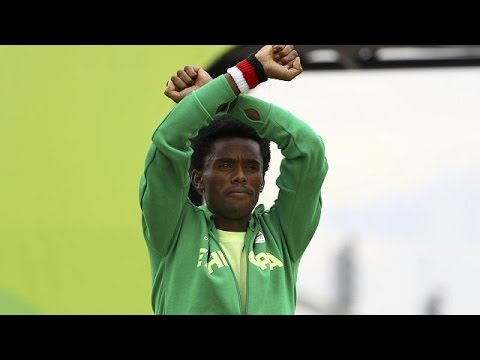 Family Of Runaway Ethiopian Athlete Lilesa Supports His 'exile'