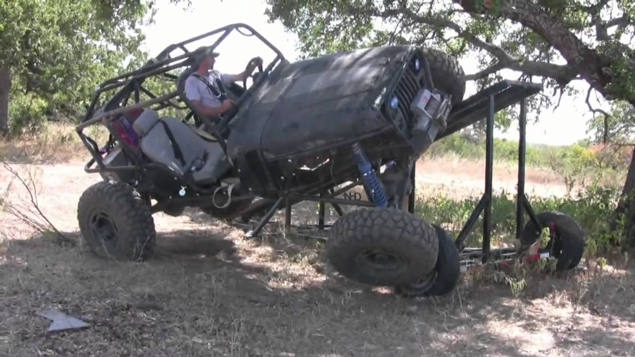 A Couple Of Jeeps Flexing And Floping On A Rti Ramp Youtube