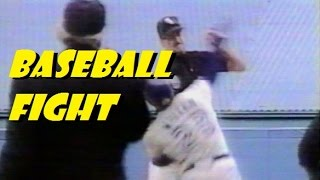 BASEBALL FIGHT-jack McDowell gets punched for throwing inside.