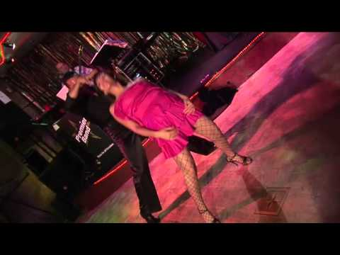 Amazing Salsa Dance O.O