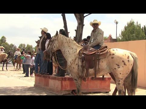 Cabalgata centenario toma de Zacatecas 2014  parte 2