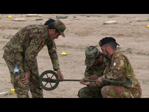 Italian troops prepare to withdraw from Afghanistan