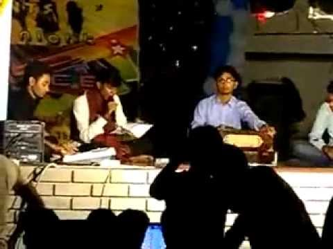 Guddu On Key Board(niswa Kara Hai Biswa Bihari) Gift College video