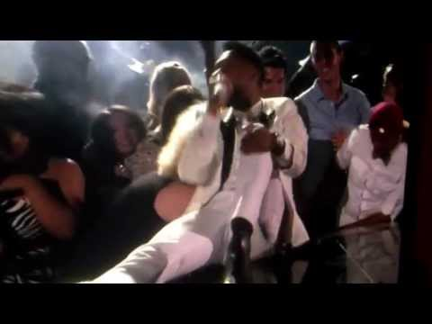 Miguel Falls On Fan's Head At Billboard Awards 2013