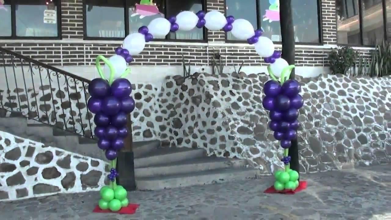 Decoracion campanita y arco comunion chasty youtube for Decoracion globos comunion