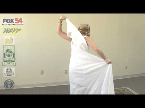 How to Tie a Toga