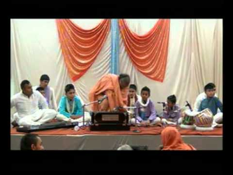 Bolton Temple 39th Patotsav 2012 - Day 6 - Bhajan Show - Shreemad Satsangi Jeevan