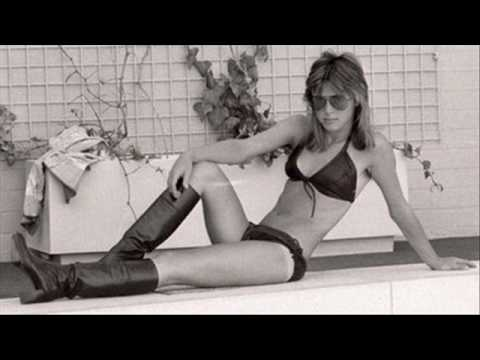 Suzi Quatro   Trouble  The Most Sexy Pictures Ever video