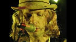 Watch Beck Your Cheatin Heart video