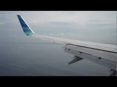 GRACIOUS LANDING   Garuda Indonesia Boeing 737-800 in Bali Ngurah Rai International Airport