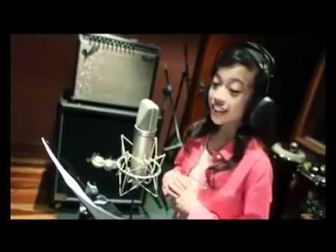 Asyiela Putri 2014 Oleh Asyiela Putri Azhar