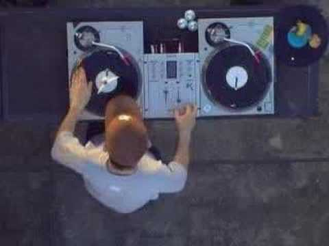 asi es un Dj profesional Music Videos